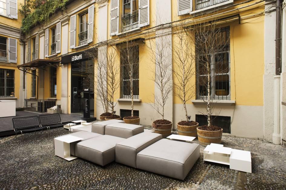 fuori salone 2013 living divani. Black Bedroom Furniture Sets. Home Design Ideas