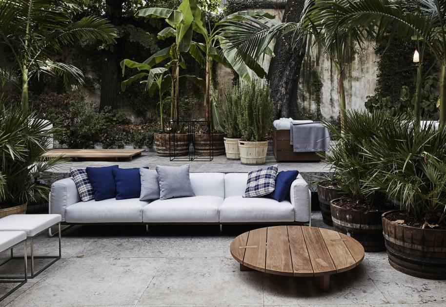 Elle decor grand hotel living divani for Elle decor hotel palazzo morando
