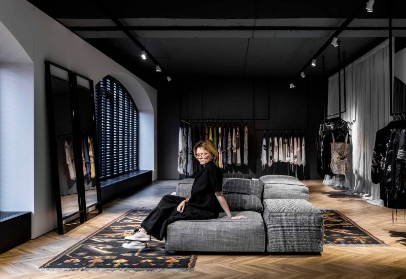 Valentina Vidrașcu Showroom